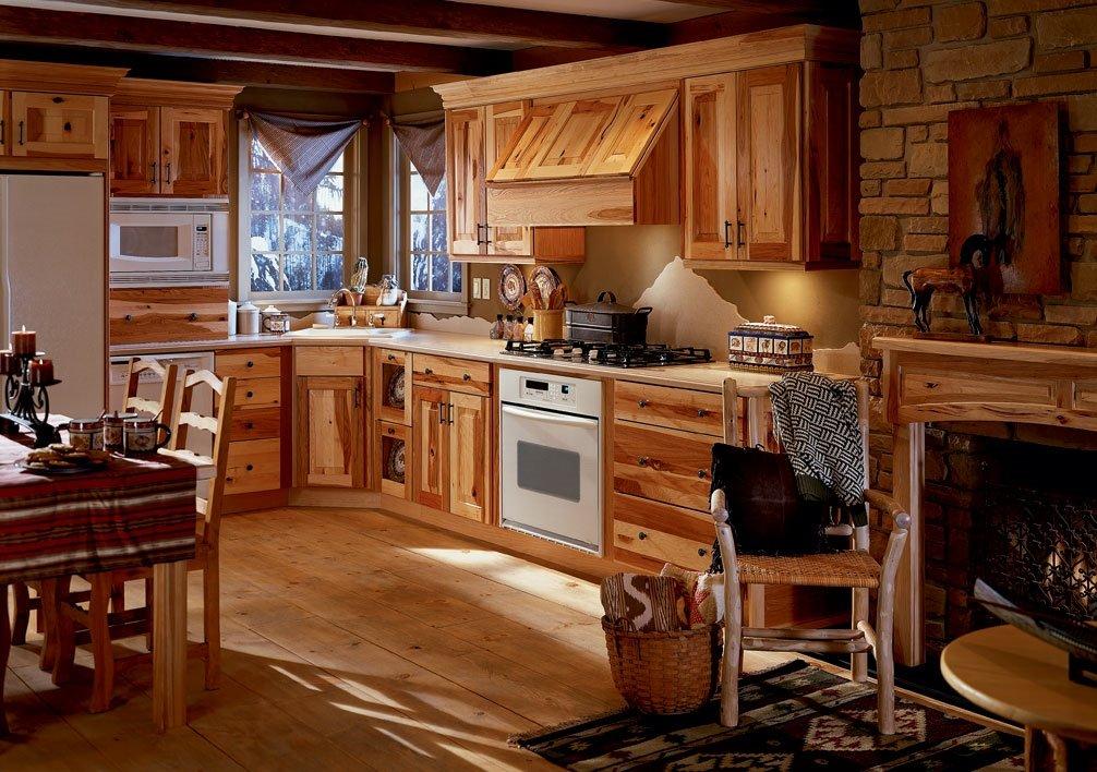 камин как элемент кантри кухни